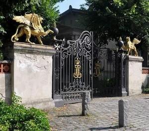 Greifen- oder Johannitertor im Park Klein-Glienicke / Foto: Andreas F. E. Bernhard / Wikipedia.de