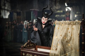 Kein Kindermädchen: Maleficent (Angelina Jolie) / © Walt Disney Pictures