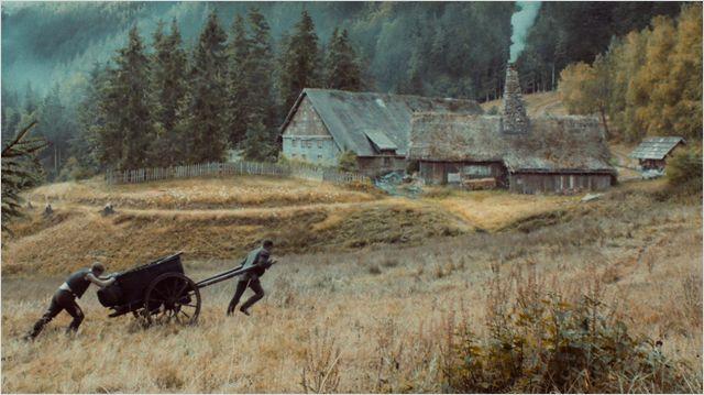 Märchen-Drehorte: Aufnahmen entstehen an Originalschauplätzen und im Filmstudio / © Weltkino Filmverleih GmbH