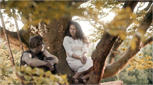 Unterschiede: Lisbeth (Henriette Confurius) und Peter (Frederick Lau) trennen Welten / © Weltkino Filmverleih GmbH