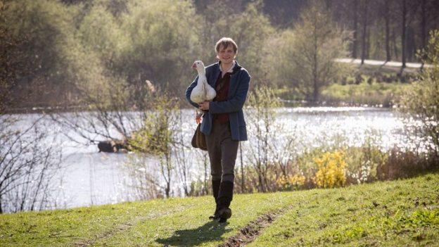 Anton Spieker als Titelfigur im Märchenfilm Hans im Glück / Foto: NDR/Georges Pauly