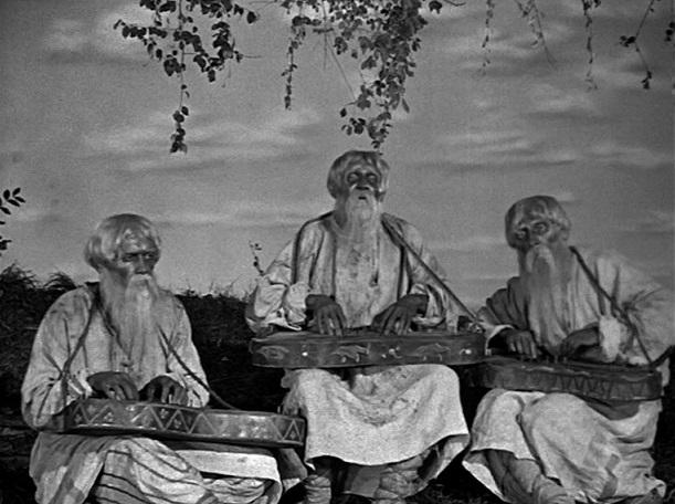 """Typische Eingangsformel: Drei greise Männer erzählen das Märchen von der """"Schönen Wassilissa"""" / Quelle: Diamant"""