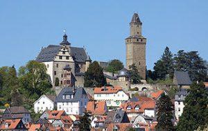 Burg Kronberg/Taunus / Foto: Johannes Robalotoff / Wikimedia Commons