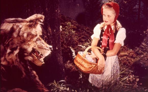 """""""Rotkäppchen"""" (1954): Der Märchenfilm erhält kein Prädikat der staatlichen Filmbewertungsstelle / © Kinowelt"""
