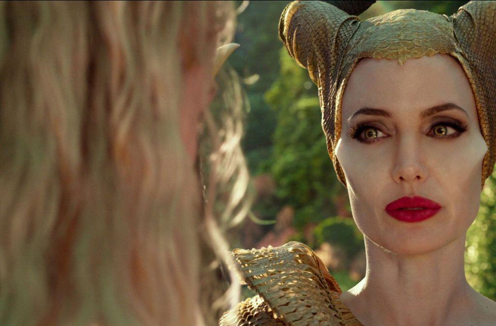 Fantasievoll: Chef-Kostümbildnerin Ellen Mirojnick setzte Angelina Jolie in Szene / © 2019 Disney Enterprises