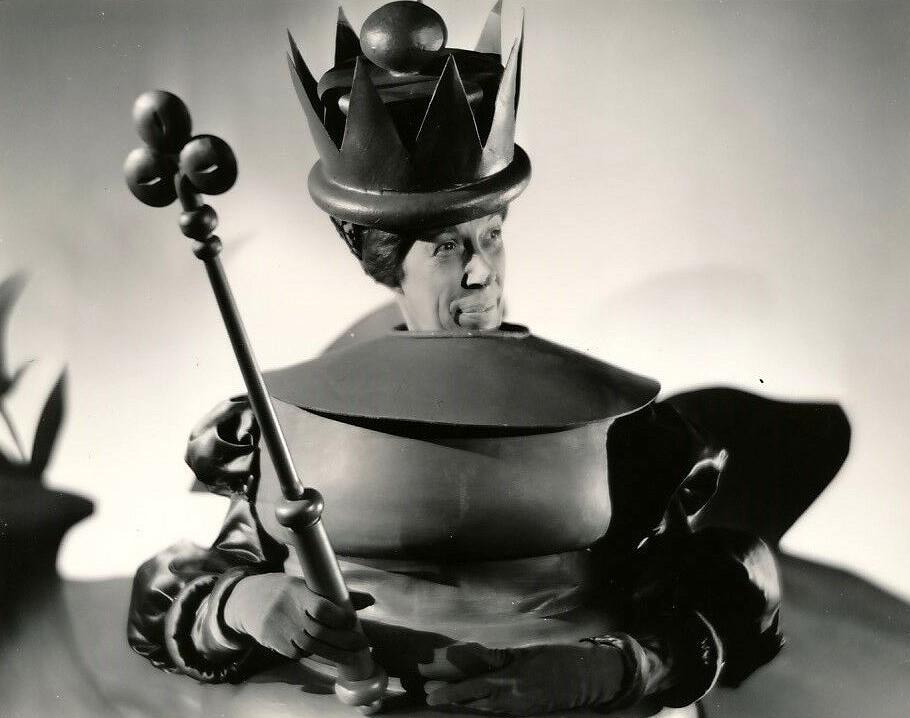 """Rote Königin (E. M. Oliver): Für """"Trommeln am Mohawk"""" (USA 1939) wird sie für den Oscar nominiert / © Studiocanal"""