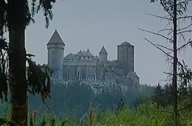 Schneewittchen und das Geheimnis der Zwerge (1992): Diese Burg ist einer der Drehorte / Quelle: KSM GmbH