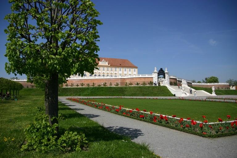 Aschenputtel (2010): Schloss Hof – hier im Jahr 2010 – ist einer der Drehorte / © Hanni Flicker/pixelio.de