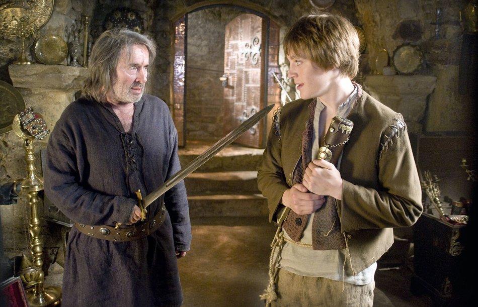 Jorinde und Joringel (2011): Joringel (Jonas Nay) sieht im Ritter (Uwe Kockisch) eine Vaterfigur / © rbb/Arnim Thomaß