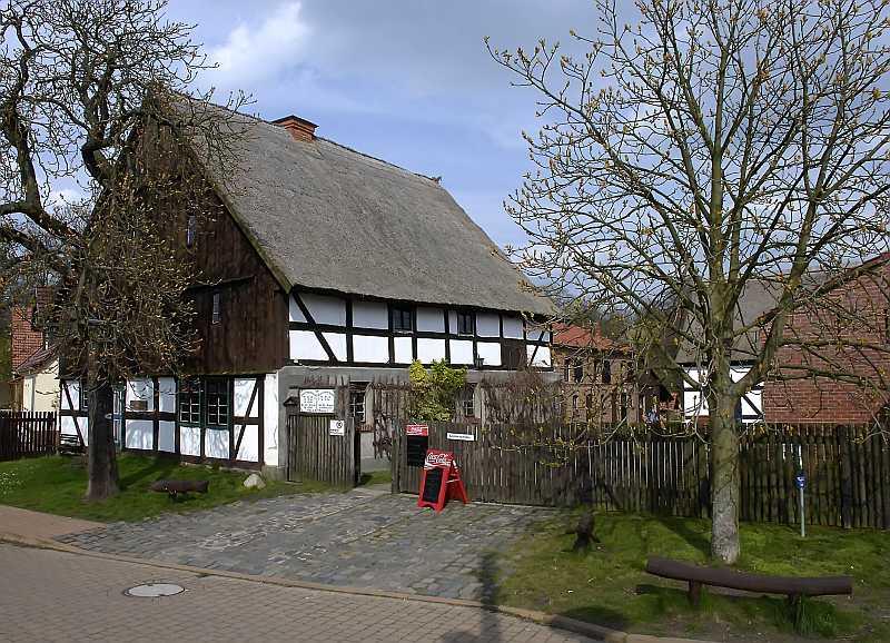 Hans im Glück (1998): Das Bauernmuseum Blankensee ist ein Drehort / © Gunnar Pommerening/Wikimedia Commons
